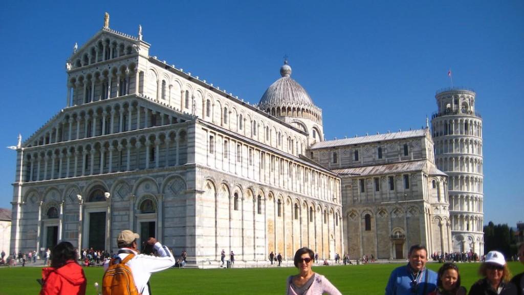 Piazza dei Miracoli con el Duomo y la torre de Pisa. ©Iñigo Pedrueza.