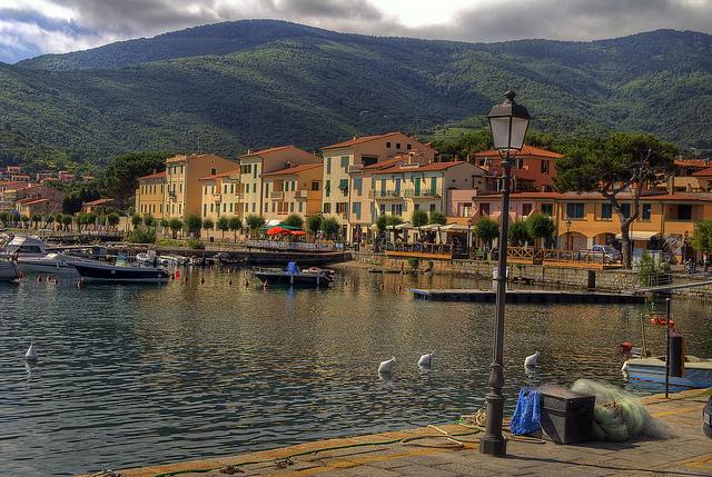 Marina Marciana, un encantador pueblo costero en la isla de Elba.