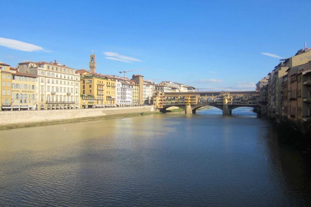 El Ponte Vecchio, sobre el río Arno. ©María Calvo.