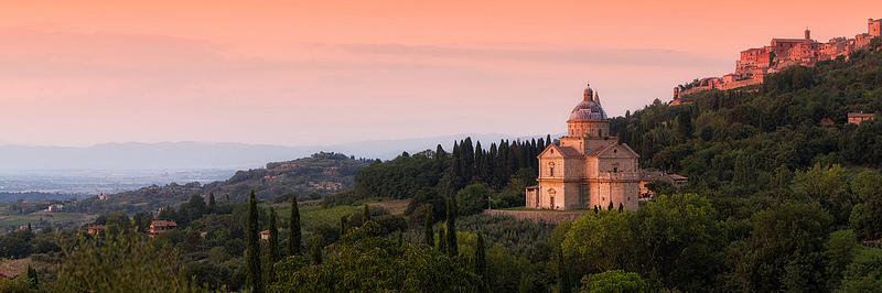 Montepulciano, dominando las colinas del Valle del orcia. Foto de Tommyscapes.