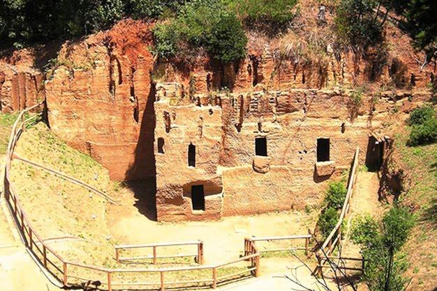 Yacimiento arqueológico de Populonia