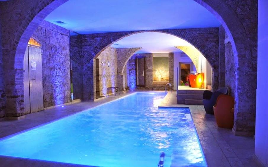 Uno de los hoteles con encanto de San Quirico d'Orcia, escríbannos si quieren más información y recomendaciones.